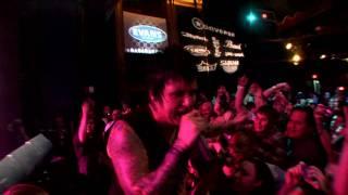 Papa Roach Lifeline live