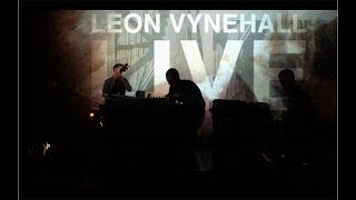 LEON VYNEHALL - VISUALS FOR PERFORMANCE