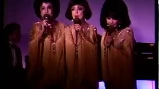 DeCastro Sisters--Before the Next Teardrop Falls, Live 1997 Performance