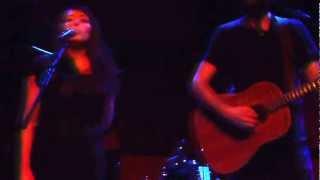 Ari Hest - The Weight (feat. Rosi Golan)