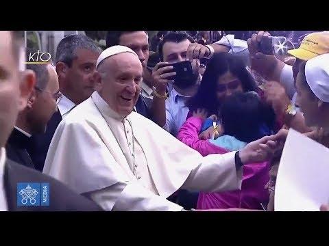 L'arrivée du pape François à Santiago