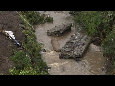 Lluvias del fin de semana causaron el hundimiento de varias calles y daños a viviendas