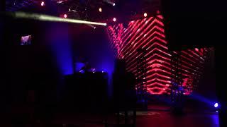 Gareth Emery & Standerwick - Saving Light (Intercom Remix)