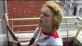 WALLIS BIRD - WHEN WE KISSED THE WORLD FELL IN LOVE! (BalconyTV)