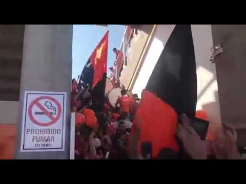 """""""Entrada Huracan Naranja"""" Barra: Huracan Naranja • Club: Cobreloa"""