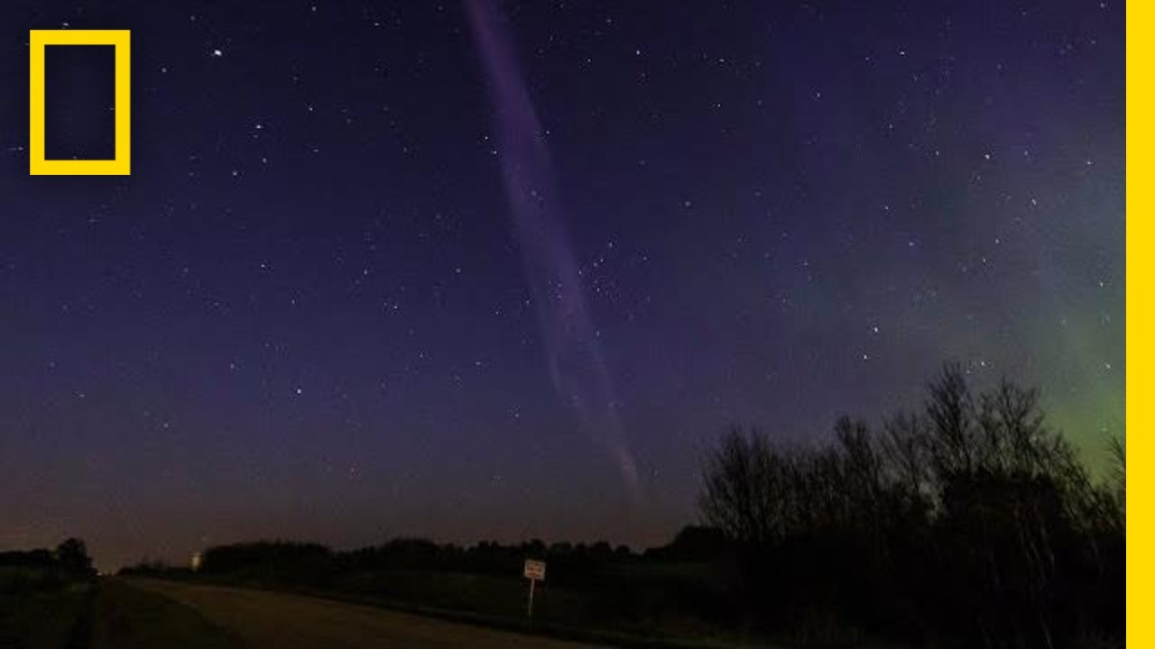 Purple Streak Named 'Steve' Is a Whole New Type of Aurora | National Geographic thumbnail