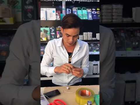 Cách sửa dây cáp điện thoại của anh bán hàng vui tính