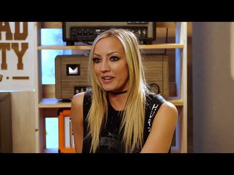Top 3 IRON MAIDEN vs ACDC riffs with NITA STRAUSS and JEN MAJURA | SpectreSoundStudios