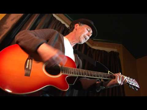 Steve O'Donoghue sings My Guitar