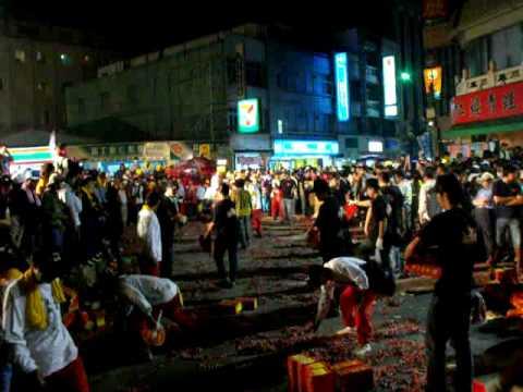 2010年 彌勒團吃炮 註生娘娘 農曆三月十九 北港迎媽祖 - 北港迎媽祖