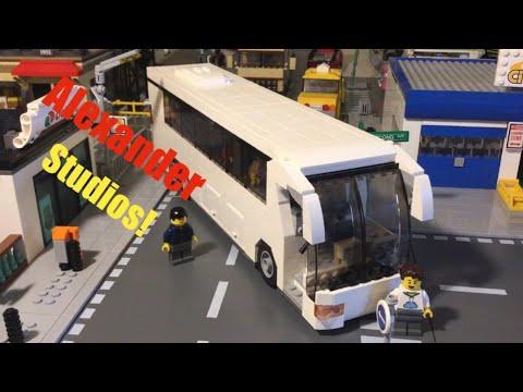 Customizing Alexander Studios LEGO Tour Bus MOC