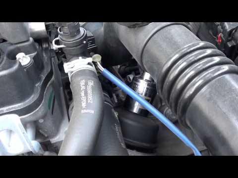 Der Toyota raw 4 1996 Jahre der Aufwand des Benzins