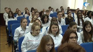 В 13-й новгородской школе появился специальный медицинский класс