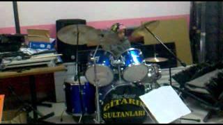 Gitarın Sultanları Herşeyi Yak (çalışma)