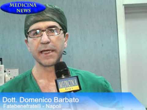 Emorroidi a donne di video in linea