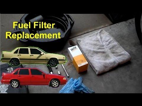 Der Motorblock der Pflaumen des Benzins