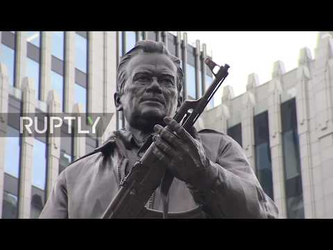 Russia: 'A true cultural brand of Russia' – Kalashnikov monument unveiled in Moscow