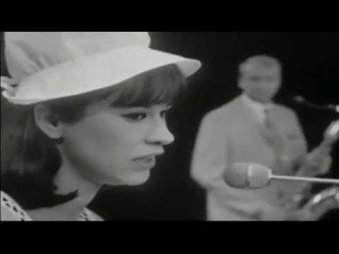 Astrud Gilberto • The girl from Ipanema • 1965
