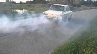 Moskvich 412 burnout