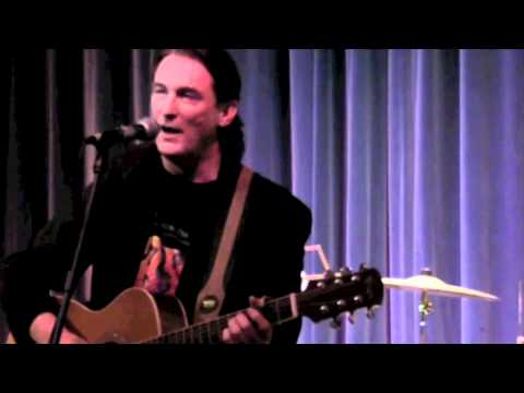 J Eoin - Sean One Shoe (Live from The Gloss Club London 2009)