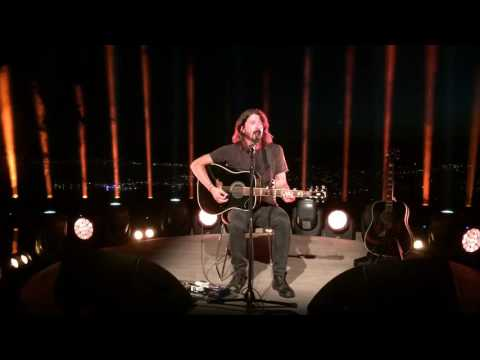 """Foo Fighters Dave Grohl """"Best of You"""" acoustic at Cannes Lions 2016"""