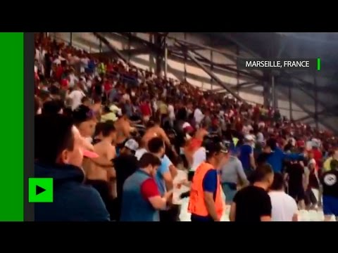 La sortie chaotique des supporters à la fin du match Angleterre-Russie