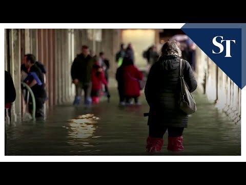 Flooding 'real problem' for Venice, despite tourist spectacle