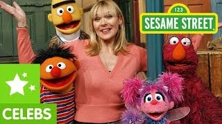 Sesame Street: Kim Cattrall and Abby are Fabulous