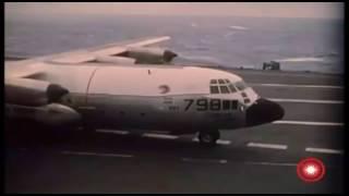 Непринужденный взлет и посадка С-130 на палубу авианосца 1963 год.