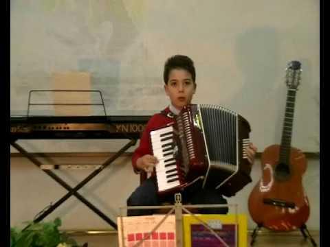 Salvatore Calabrese: Il bambino prodigio della fisarmonica