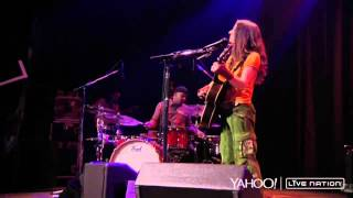 Ani DiFranco - Happy All The Time (Live)