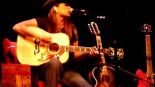 "Terri Clark ""A Little Gasoline"" Live @ Whitaker Center, Harrisburg, PA, 10/29/10"