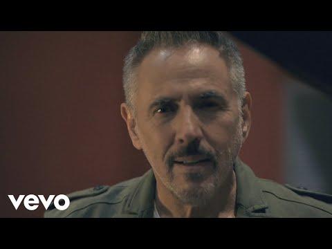 Alejandro Lerner - Todo a Pulmón (Versión 35 Aniversario) (Official Video)