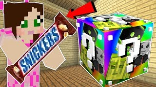 Minecraft: COLOR BOMB LUCKY BLOCK!!! (BURGER ON A STICK, SNICKERS, & MORE!) Mod Showcase