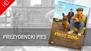 """""""PREZYDENCKI PIES """"-Danny (John-Paul Howard) to osierocony chłopiec mieszkający w rodzinie zastępczej. Pewnego dnia znajduje sympatycznego psa Teddy'ego. Kiedy okazuje się, że należy on do"""
