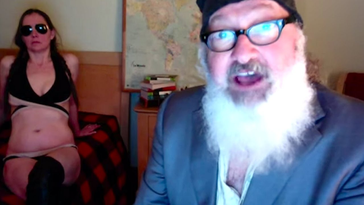 Actor Randy Quaid F*cks Rupert Murdoch In This Bizarre Video (Video Included) thumbnail