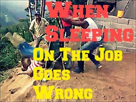 Đừng ngủ khi lũ cờ hó bạn vẫn đang thức