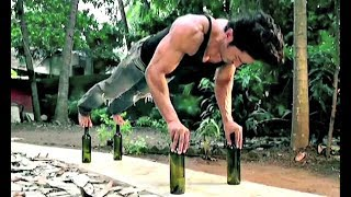 Vidyut Jamwal Incredible Workout Stunt For JUNGLEE New