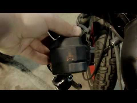 How to remove the left control (high beam, horn and blinkers) of a motorcycle
