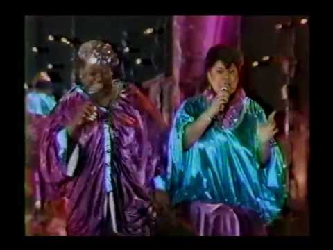 "The Weather Girls - ""Well-A-Wiggy"" (1986 TV Performance)"