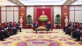 Tổng Bí thư Nguyễn Phú Trọng tiếp Thủ tướng Nhật Bản Shizo Abe