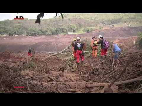 Authorities say at least 58 people are dead and up to 300 still missing after a dam collapse in the southeastern part of Brazil Friday afternoon. Firefighters have been crawling carefully over treacherous mud in search of survivors. (Jan. 28)