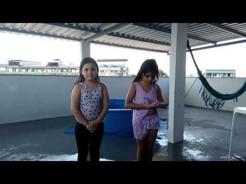 Desafio da piscina - Ester e Sara - 07-11-2015