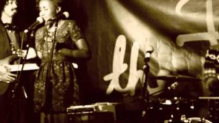 Checking The Pulse: Ego Ella May   'Frontin' (Pharrell Cover) @ 'The Tree' EP Launch