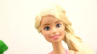 Детское видео с Барби и Хелло Китти. Играем в куклы