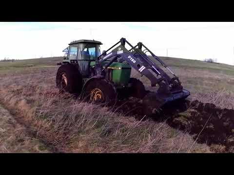 Muhteşem çamurdan traktör kurtarma görüntüleri