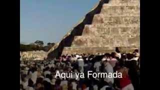 preview picture of video 'chichen itza serpiente bajando 2011'
