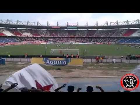 """""""LA BANDA DE LOS KUERVOS / JUNIOR 4-3 Patriotas / Liga Postobon 2012"""" Barra: La Banda de Los Kuervos • Club: Junior de Barranquilla"""