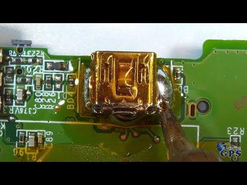 Cómo cambiar el conector mini USB de un GPS TomTom GO 530 con estaño de baja temperatura