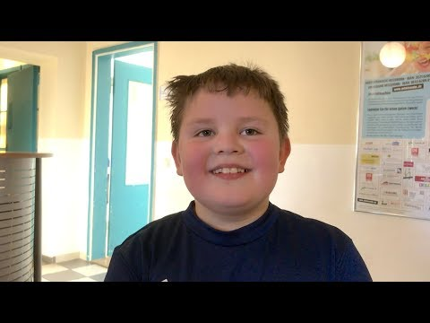 Heilung eines Jungen von Sehschwäche in Jesus Namen